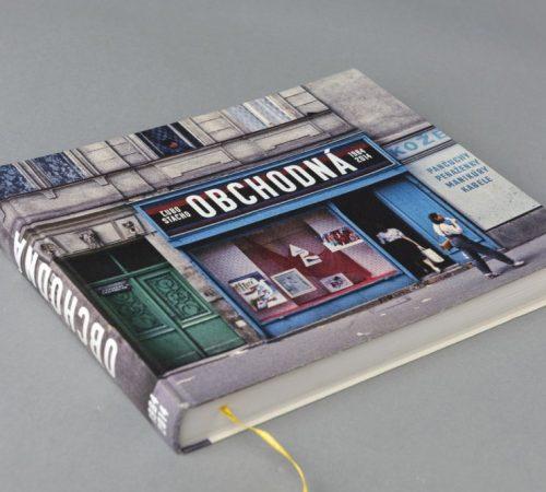 boris-melus_08_Obalka-knihy-fotografii-Obchodnej-ulice-od-Luba-a-Moniky-Stachovcov