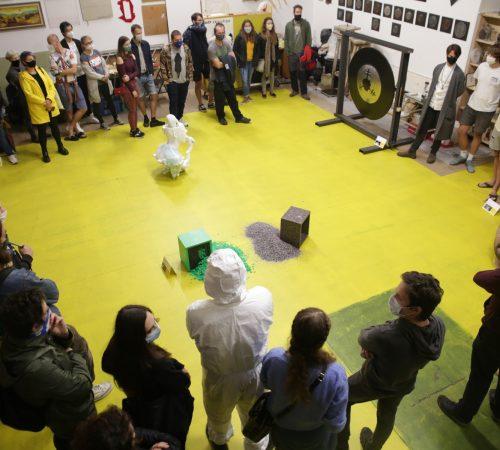 Marek-Stuller_12_Vernisaz-vystavy-Broneju-zlte-zore-Ateliery-Mlada-Vajnorska-2020