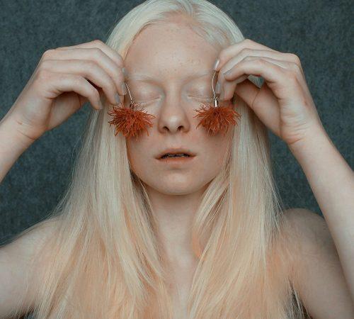 annamria-mikulik_06-NATURE-fake-illusions-2015-foto-Anna-Smoronova